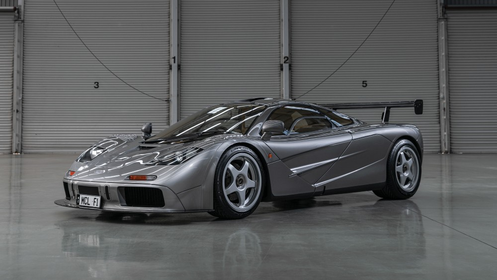 Mclaren F1: Definition of an Ultimate Road Car